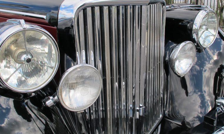 1949 Jaguar MK V - Front Grill