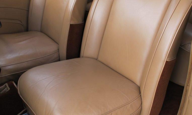 1949 Jaguar MK V - Front Seats