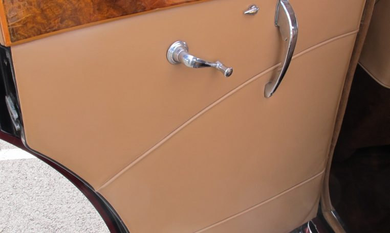 1949 Jaguar MK V - Inside Back Door