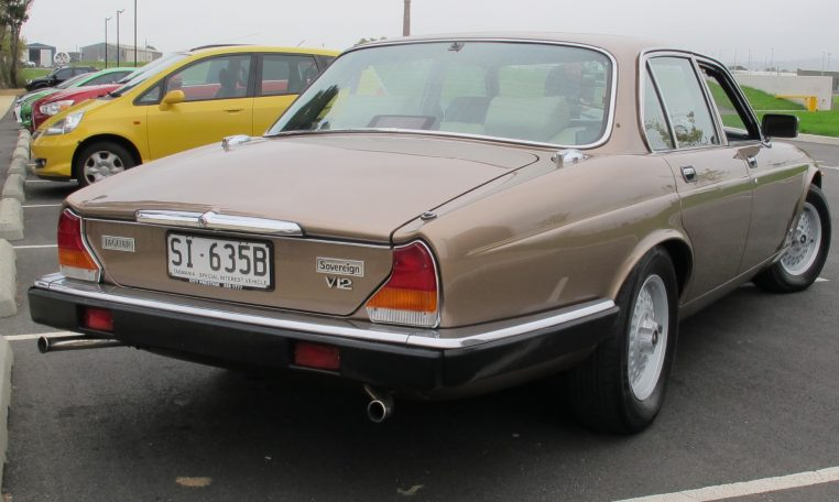 1989 Jaguar Sovereign - Tail Lights