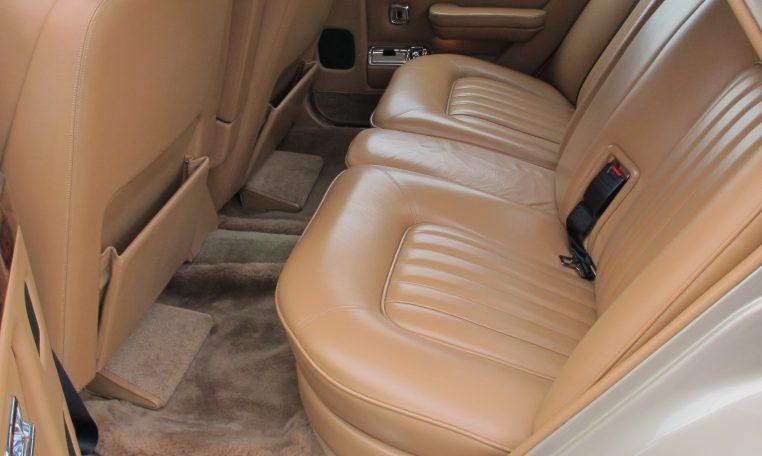 1990 Bentley Eight - Back Seats
