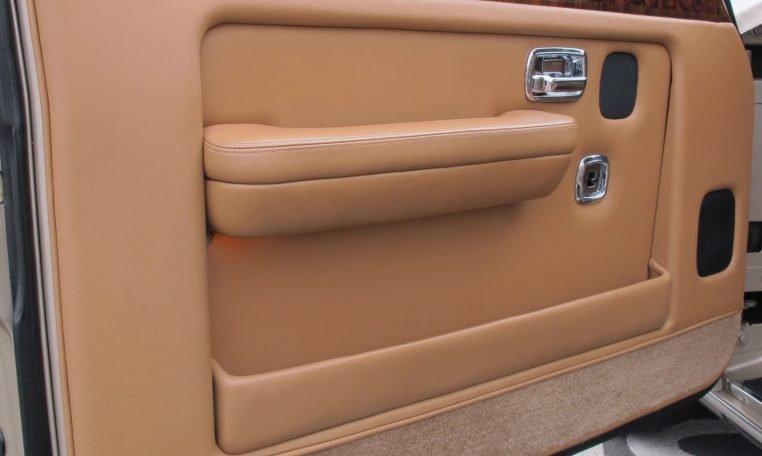 1990 Bentley Eight - Inside Front Door