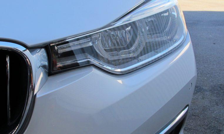 2016 BMW 320i F30 - Head Light