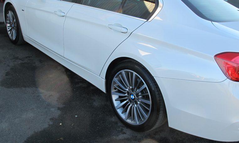 2016 BMW 320i F30 - Side View