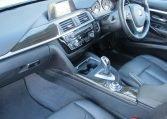 2016 BMW 320i F30 - Dash
