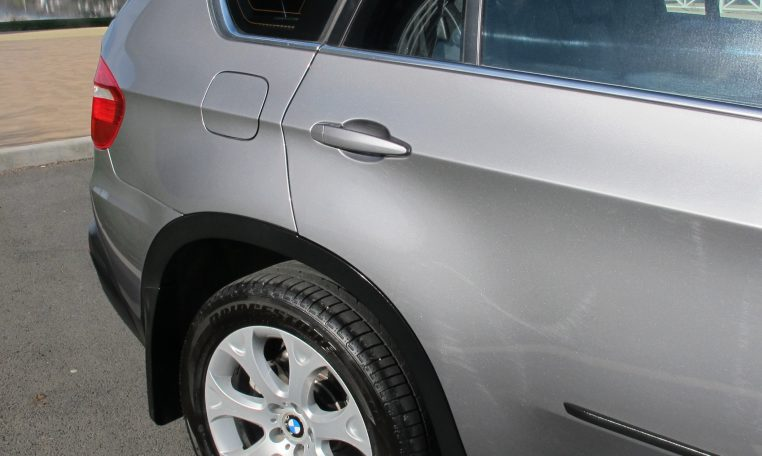 2007 BMW X5 - Rear Wheel