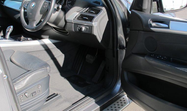 2007 BMW X5 - Steering Wheel