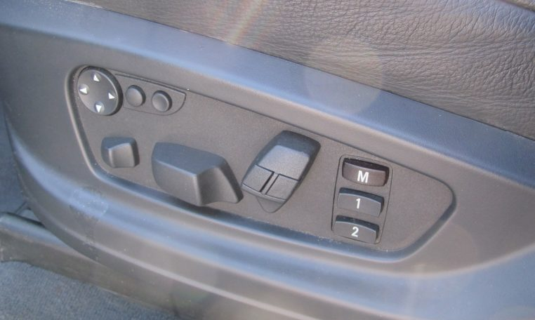 2007 BMW X5 - Electric Seat Controls