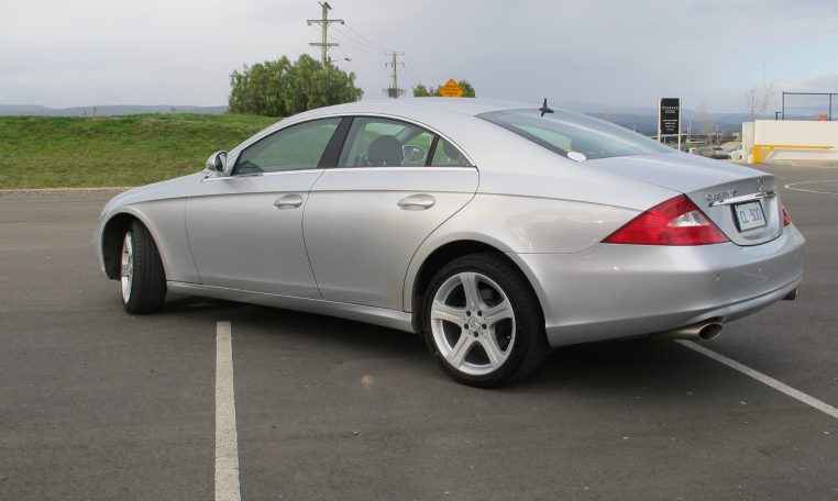 2005 Mercedes CLS500 - Passenger Sise View