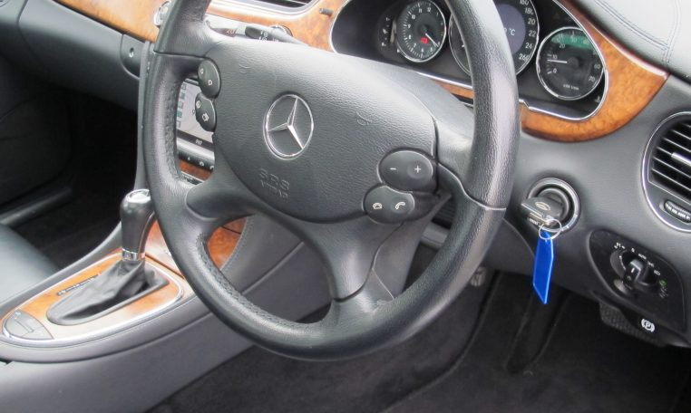 2005 Mercedes CLS500 - Steering Wheel