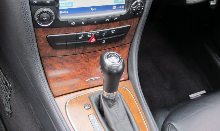 2005 Mercedes CLS500 - Gear Shifter