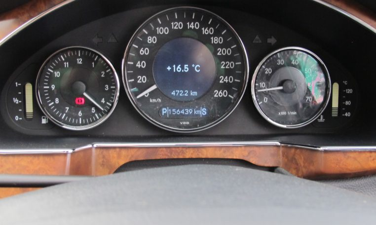 2005 Mercedes CLS500 - Speedo