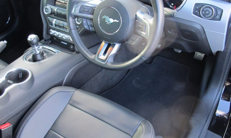 2016 Ford Mustang - Steering Wheel