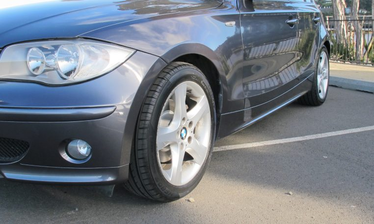 2007 BMW 120d - Front Wheel/Guard