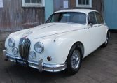 1960 JAGUAR MARK II - HEADLIGHTS AND GRILL