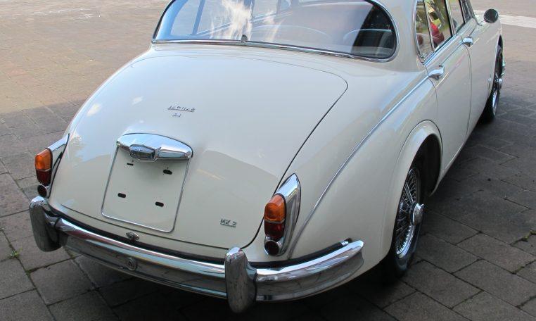 1960 JAGUAR MARK II - BOOT