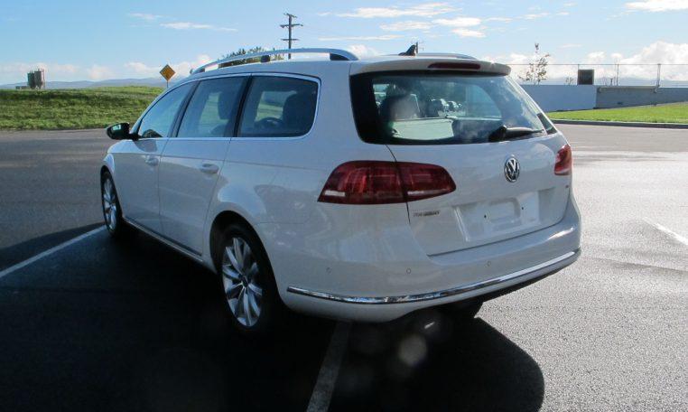 2011 VW PASSAT - REAR WINDOW