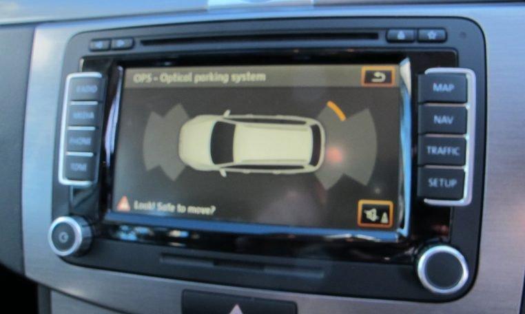 2011 VW PASSAT - REVERSE CAMERA
