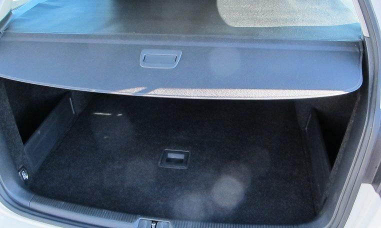 2011 VW PASSAT - BOOT BLIND