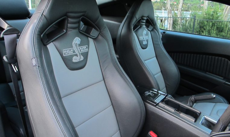 2014 Ford Mustang - Front Seats