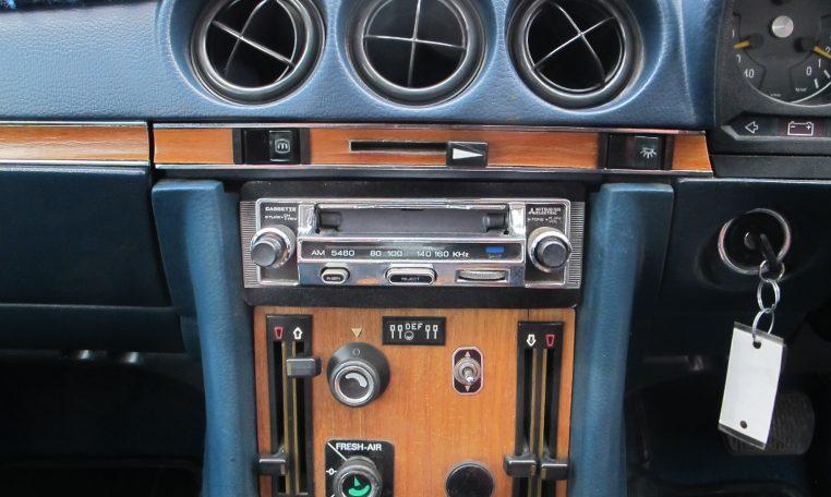 1974 Mercedes Benz - Heater Controls