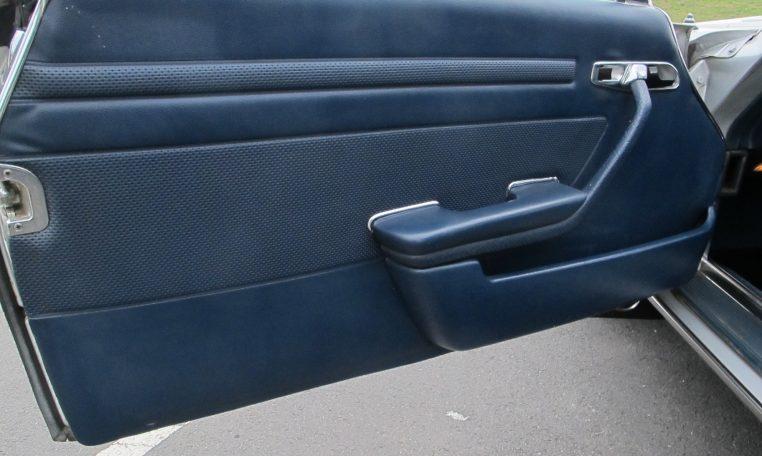 1974 Mercedes Benz - Inside Front Door