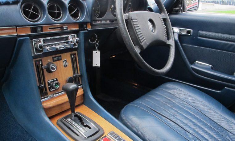1974 Mercedes Benz - Dash